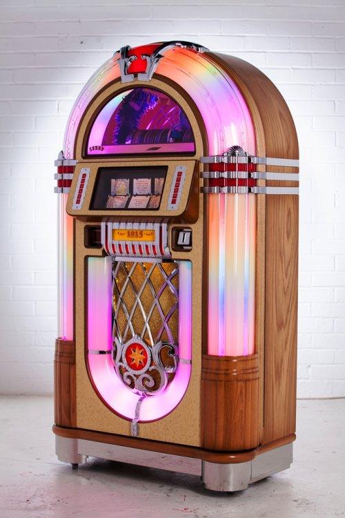 Sound Leisure 1015 Slimline Jukebox | Free Assembly